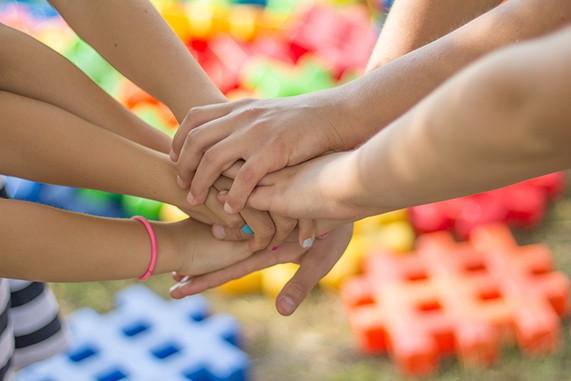 Päiväkoti ja koulu hyvinvointiyhteisönä eli toimintakulttuurin muutosta tukemassa