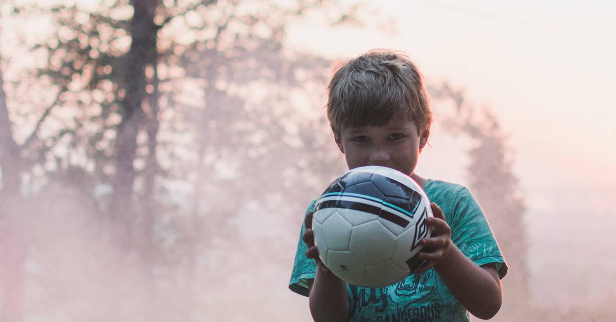 Nuori jalkapalloilija